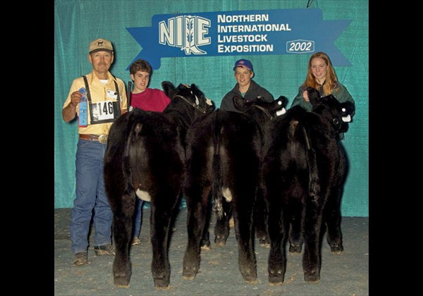 2002 NILE - Grand Champion Pen of 3